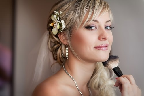 Reasons to Hire a Makeup Artist for Your Wedding Day