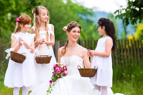 Ways to Keep Kids Busy at Your Wedding