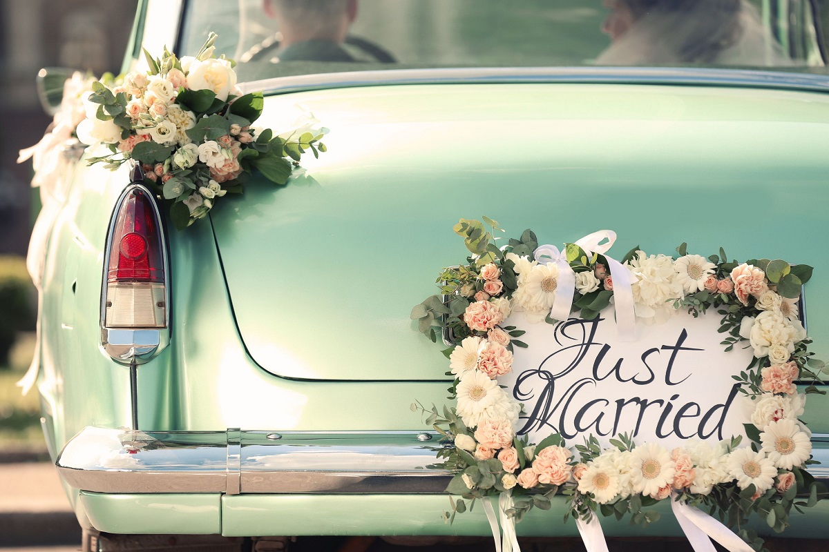 10 Wedding Traditions You Can Skip