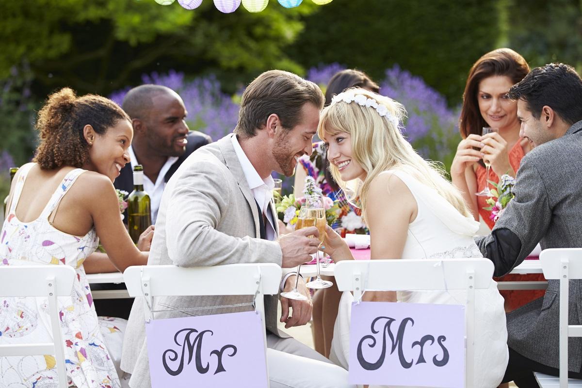 10 Unique Wedding Reception Ideas