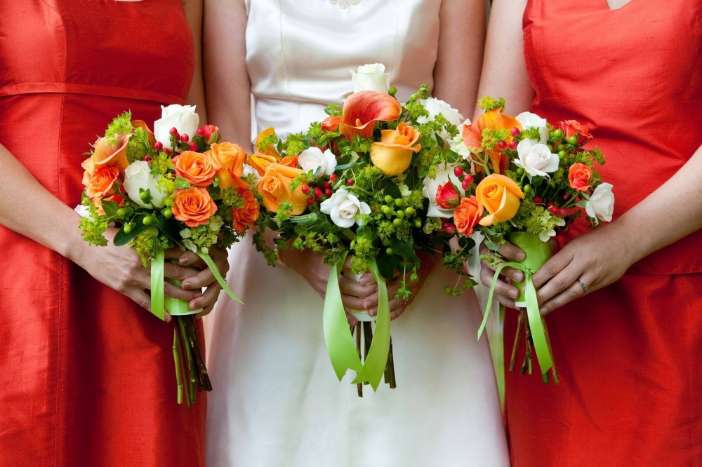 Orange, White and Yellow fall wedding colors
