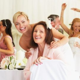 10 Unique Ways to Honor Your Mom at Your Wedding